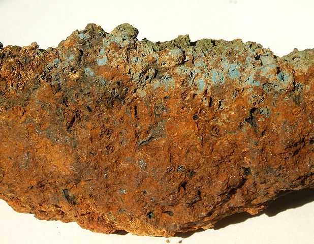 Вивианит (синяя охра)