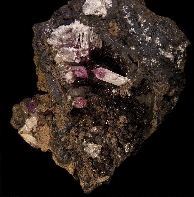 Камень адамин