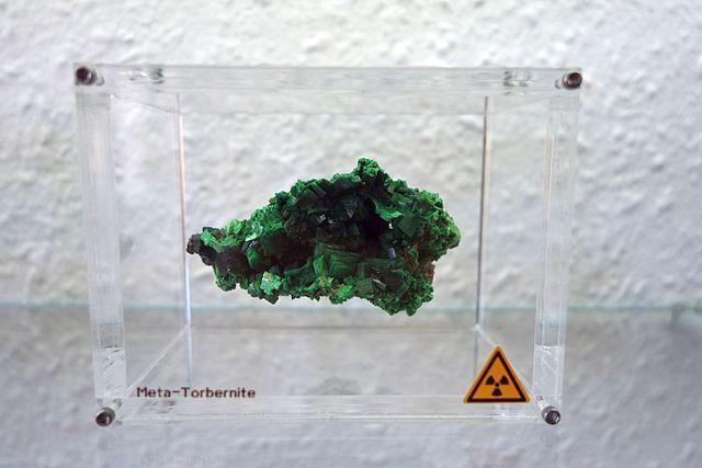 Метаторбернит