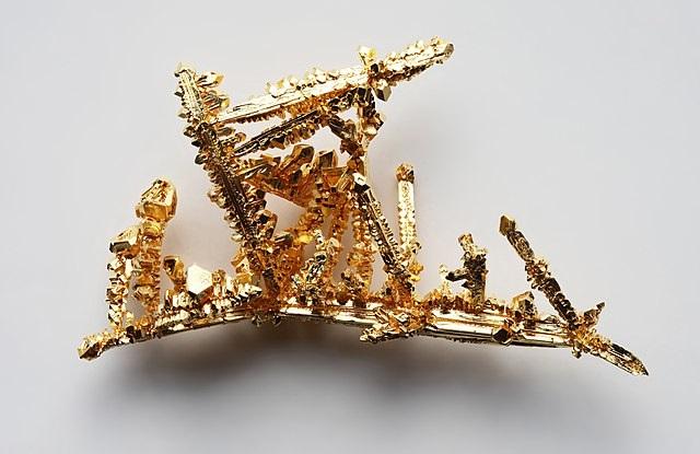 Синтетические кристаллы золота